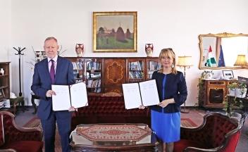 Együttműködési megállapodás a Richter Gedeon Nyrt. és a Magyar Diplomáciai Akadémia között